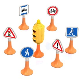 Набор 'Дорожные знаки' №1, светофор, 6 знаков Ош