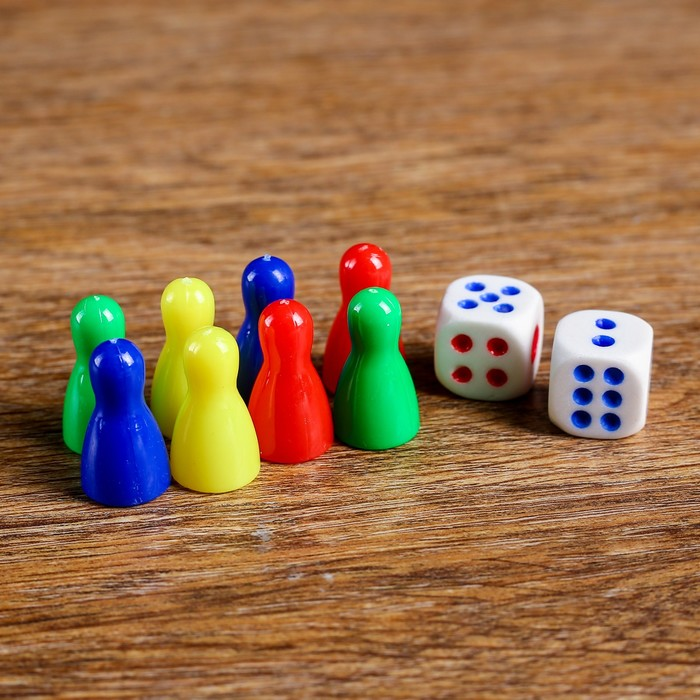Набор для игры в кости 8 фишек 2.5х1.5х1.5 см, 2 кубика 1.5х1.5 см
