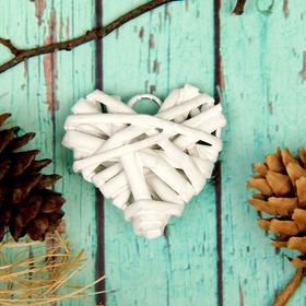 Основа для творчества и декорирования 'Сердце' с подвесом, размер 1 шт 5*5 см, цвет белый Ош
