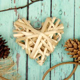 Основа для творчества и декорирования 'Сердце' с подвесом, размер 1 шт 8*8 см, цвет бежевый Ош