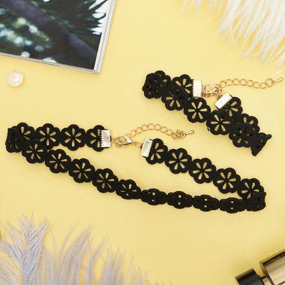 """Набор 2 предмета: чокер, браслет """"Орнамент"""" цветы, цвет чёрный"""