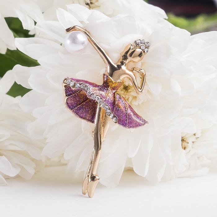 """Брошь """"Балерина с мячом"""", разноцветная в золоте - фото 301002328"""