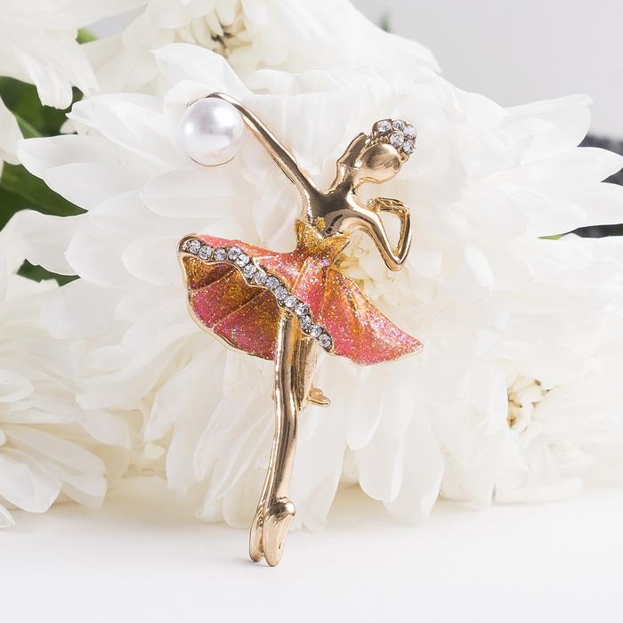 """Брошь спортивная """"Балерина с мячом"""", цвет разноцветный в золоте"""