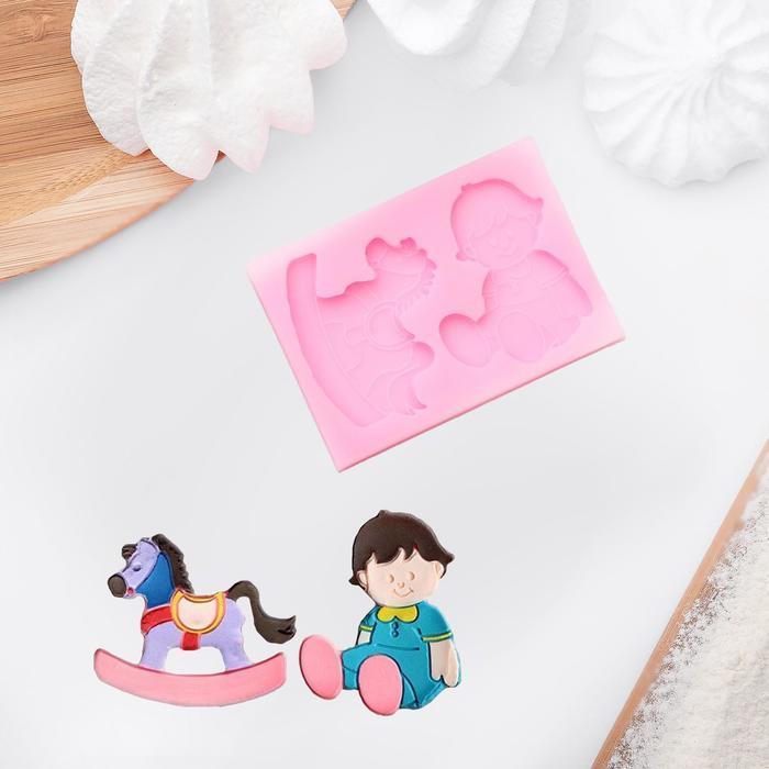 """Молд силиконовый 10×7 см см """"Малыш и лошадка"""""""