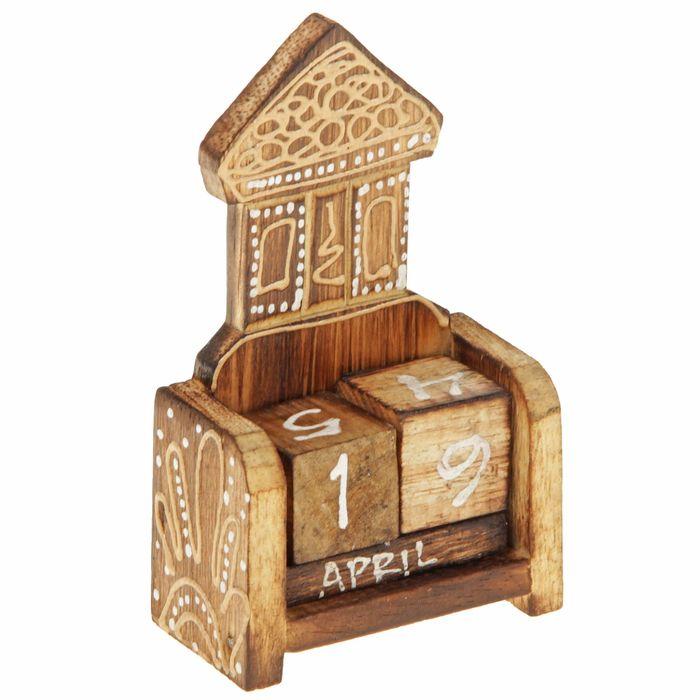 """Деревянный календарь с кубиками """"Домик"""" 12х6х3,5 см"""