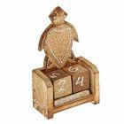 """Деревянный календарь с кубиками """"Черепаха"""" 12х6х3,5 см"""