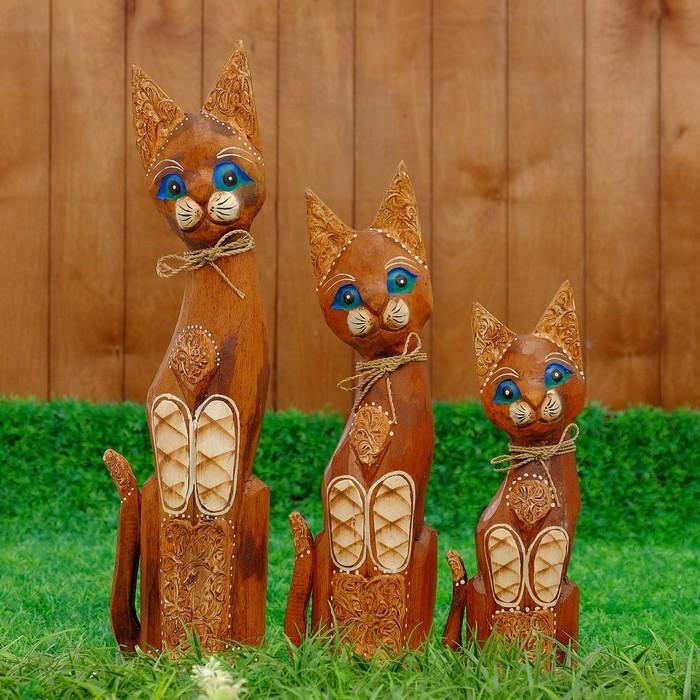 """Сувенир дерево """"Кошки с ажурной резьбой"""" набор 3 шт h=30, 40, 50 см"""