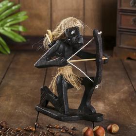 "Сувенир дерево ""Абориген-лучник"" 19х15х6 см"