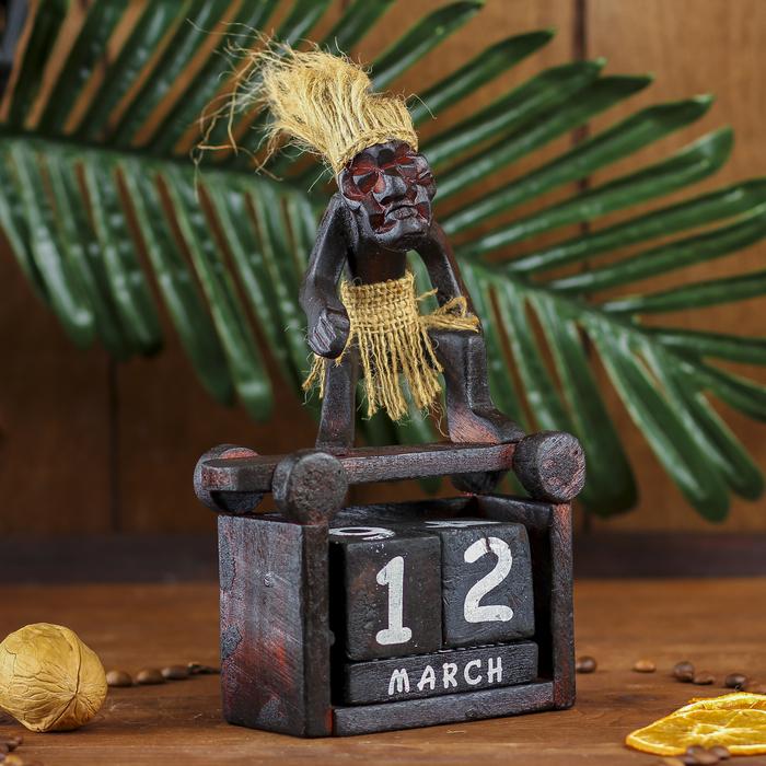 "Сувенир дерево ""Абориген-календарь"" 20х13х8 см"
