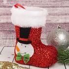 """Подарочная упаковка """"Сапожок"""" снеговик, красный цвет"""