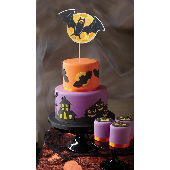 """Топпер в торт """"Летучая мышка"""""""