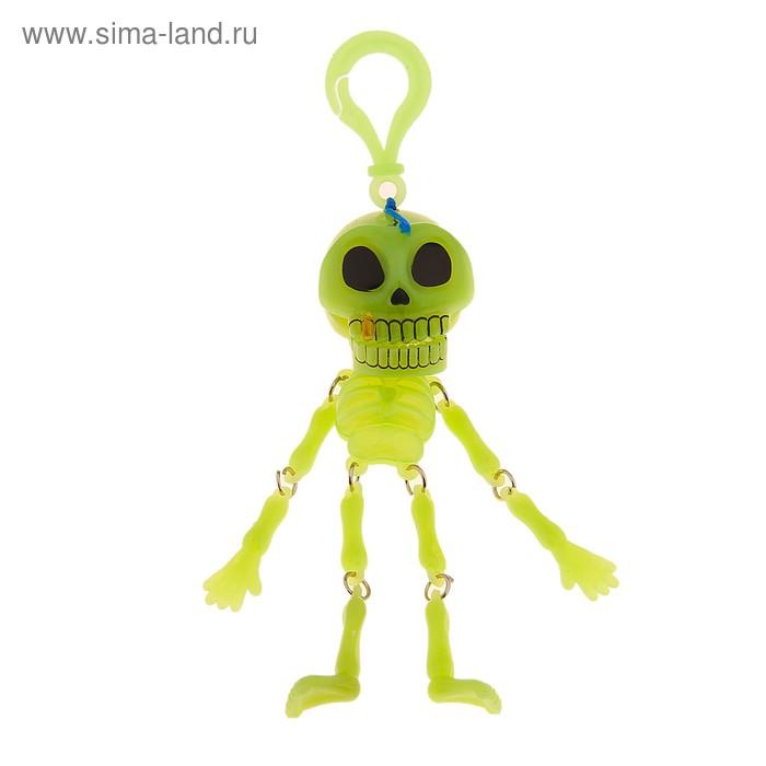 Подвеска скелет с золотым зубом