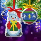 """Новый год, вышивка крестиком на елочной подвеске """"Снеговик и елочная игрушка"""", основа 25*35 см"""
