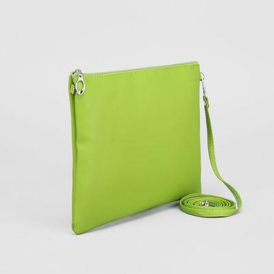 Клатч женский, отдел на молнии, длинный ремень, цвет зелёный