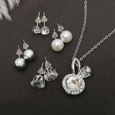 "Headsets 5 items: 4 pairs posset pendant ""Rabbit"", colour white silver, 45cm"