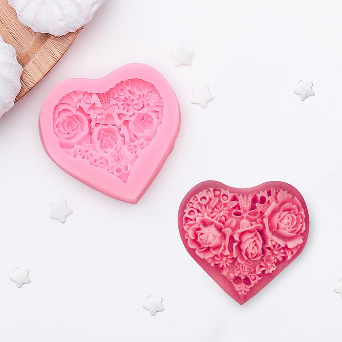"""Молд силиконовый 5,5х5 см """"Цветочное сердце"""""""