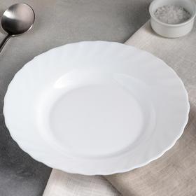 Soup plate 22 cm Trianon.