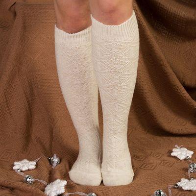 Гольфы (получулки) женские шерстяные Фактурная вязка, цвет белый, размер 25