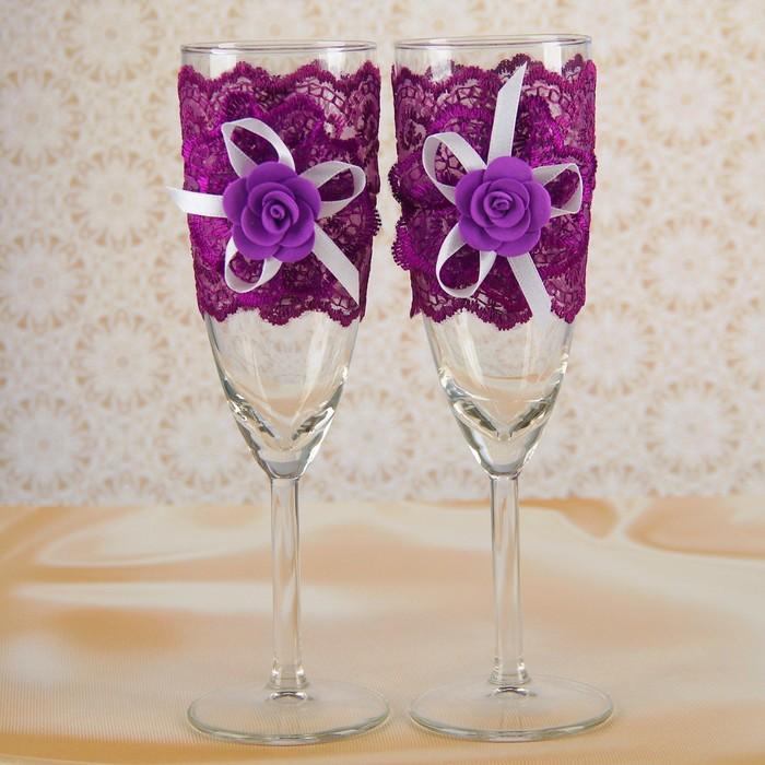 """Набор свадебных бокалов """"Элит"""", с кружевным бантом, фиолетовые"""