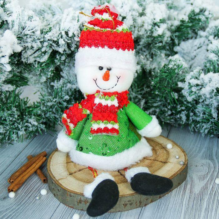 """Мягкая игрушка """"Снеговик"""" в зелёном кафтане 10*33 см"""