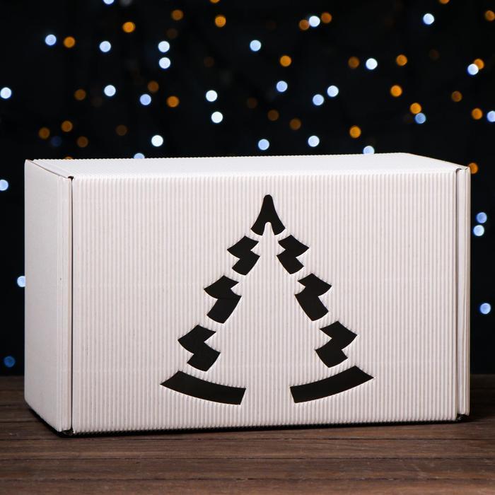 Подарочная коробка белая, сборная, 33,2 х 21,3 х 17,3 см
