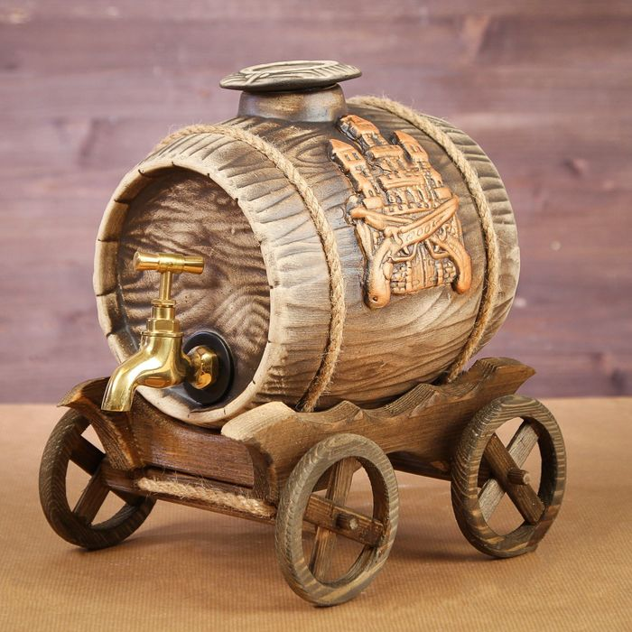 "Бочка на деревянной телеге ""Замок"", латунный кран, 2,5 л"