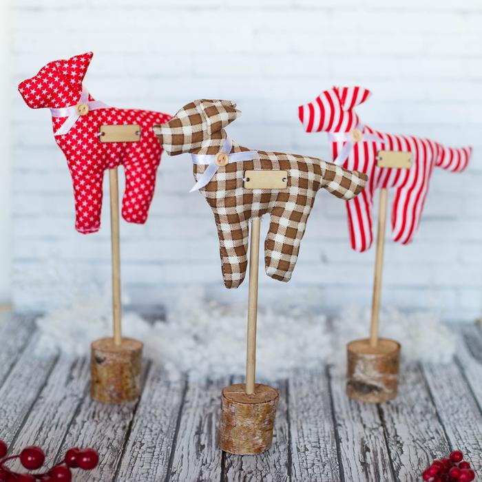 Фигурки на подставке «Забавные собачки», набор для шитья, 10,7 × 16,3 × 5 см - фото 692368
