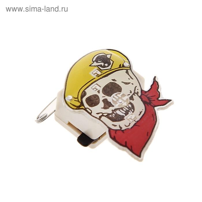 """Карнавальный значок световой """"Череп в берете"""""""
