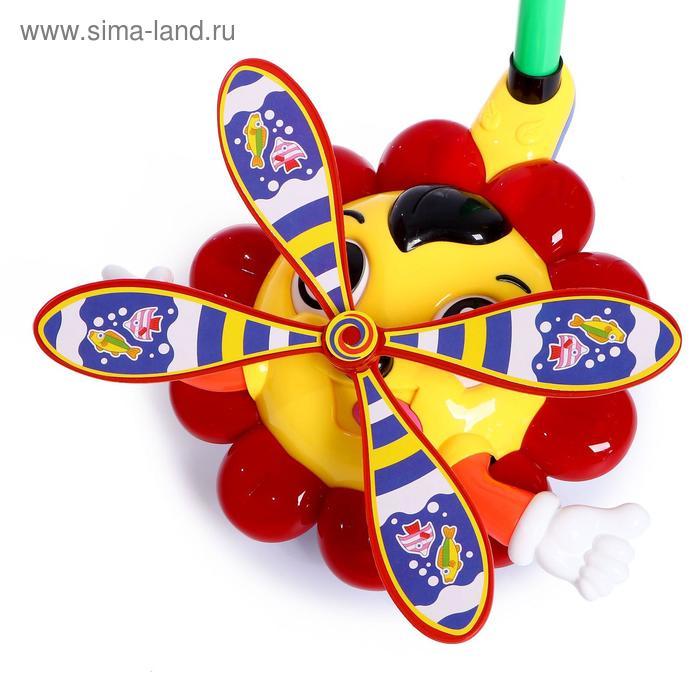 Каталка на палке «Ромашка», цвета МИКС