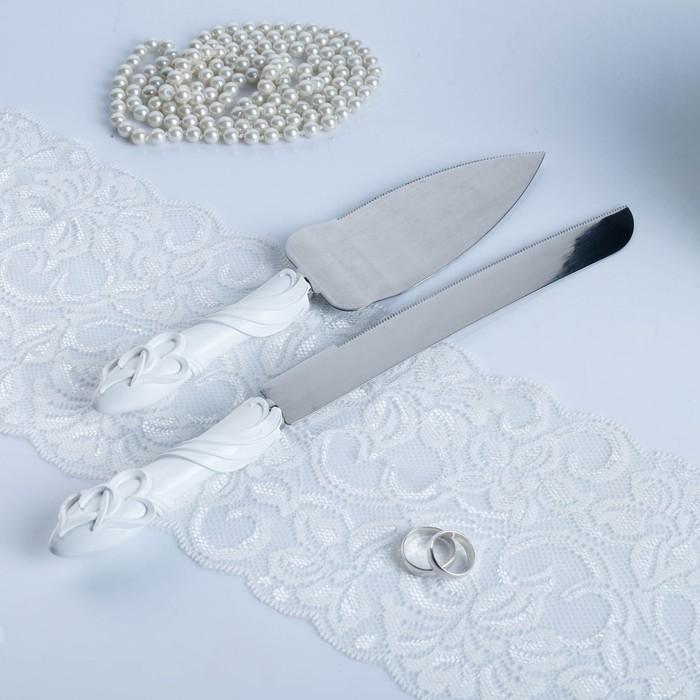 """Набор для торта """"Два сердца"""" из ножа 32см и лопатки 26см, полистоун"""