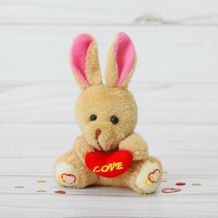Мягкая игрушка-подвеска «Зайка с сердечком», цвета МИКС