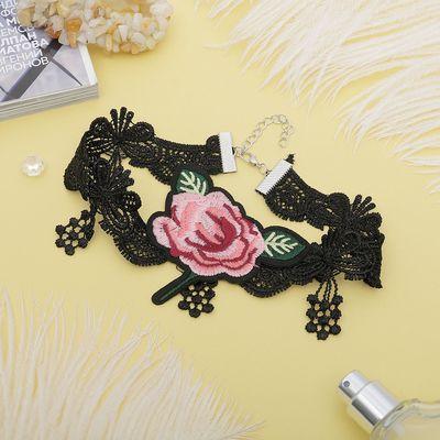 """Чокер """"Роуз"""" ажурная волна, цветок, цвет розово-зелёный в чёрном"""