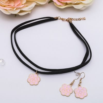 Set of 2 pieces: earrings, choker Beatrice flower rose, color pink gold