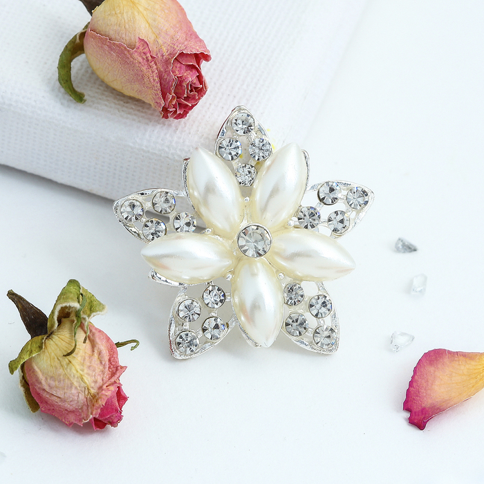 """Брошь """"Ассорти"""" цветы рисовые, цвет белый в серебре - фото 245323301"""