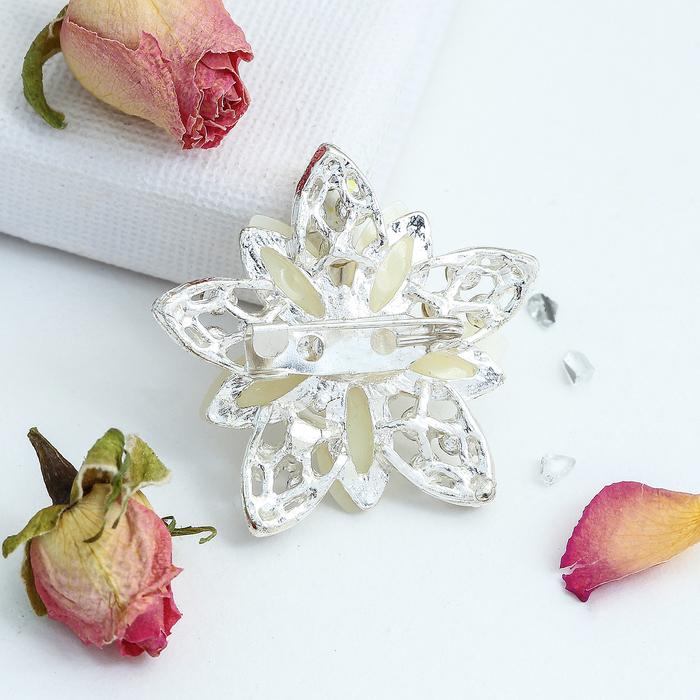 """Брошь """"Ассорти"""" цветы рисовые, цвет белый в серебре - фото 245323302"""