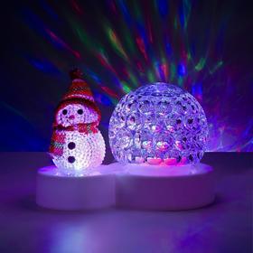 """Световой прибор """"Снеговичок с ледяным прозр. шаром"""", d=9.5 см, Мульти"""