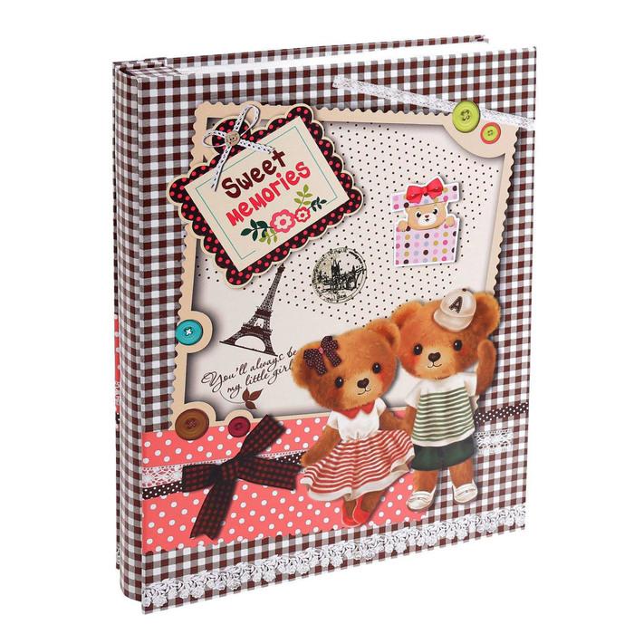 """Фотоальбом на 200 фото 13х18 см """"Мишки в Париже"""" в коробке МИКС 28,5х23х5 см"""