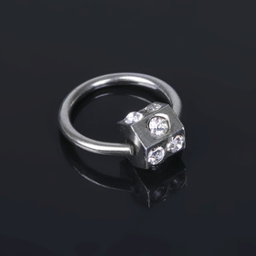 """Пирсинг """"Кубик на кольце"""", цвет белый в серебре"""