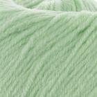 Бледно-зелёный