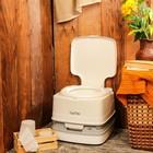 Биотуалет Porta Potti Qube 145, бак для стоков 12 л, бак для смыва воды 15 л, белый