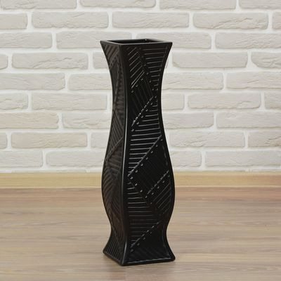 ваза чёрная