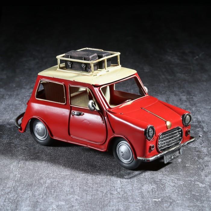 "Сувенир металл ""Ретроавтомобиль с багажником на крыше"" 10х19,5х9 см"