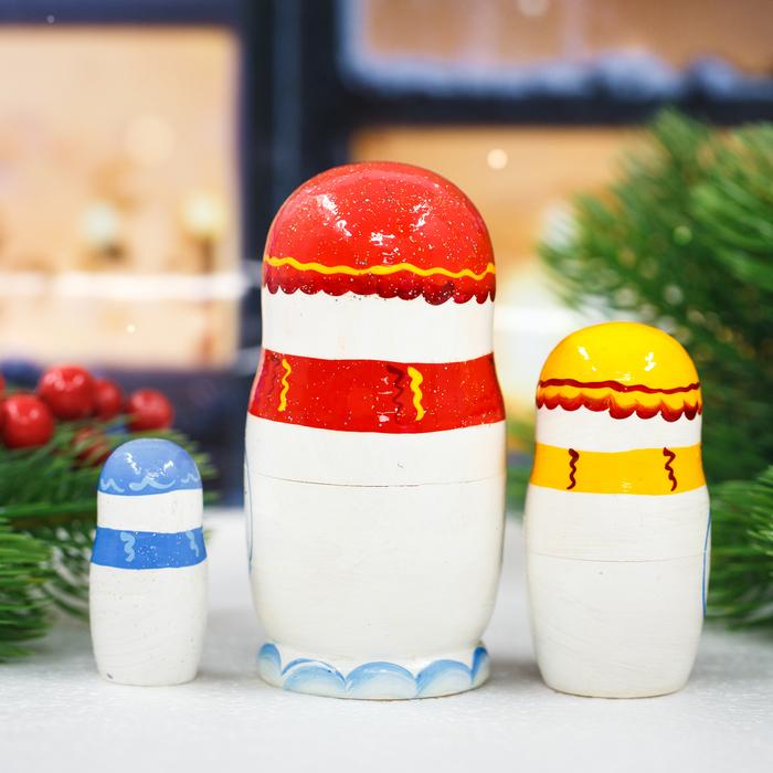 Матрёшка 3-х кукольная «Снеговик», 11 см