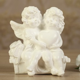 "Статуэтка ""Ангелы на лавочке"", цвет белый, 11 см"