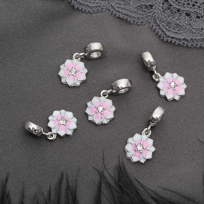 """Подвеска """"Цветок с эмалью"""", цвет бело-розовый в серебре"""
