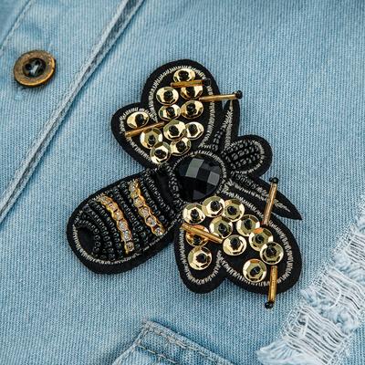 """Брошь """"Пчела"""" с пайетками, цвет черно-желтый"""