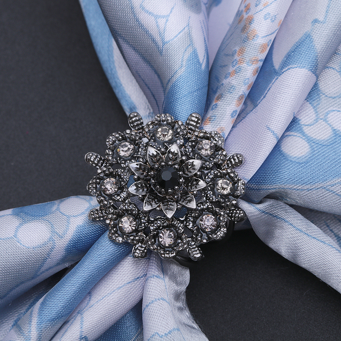 """Кольцо для платка """"Искра"""", цвет серый в черненом серебре"""