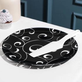 {{photo.Alt || photo.Description || 'Подставка для торта «Марокко», d=30 см, с лопаткой, цвет чёрный, в подарочной упаковке'}}