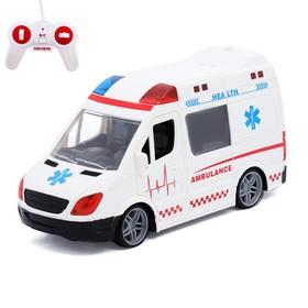 Машина радиоуправляемая «Скорая помощь», работает от батареек, световые и звуковые эффекты