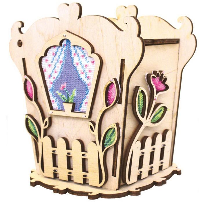 """Набор для изготовления чайного домика """"С цветами"""" с бисером, 14,1х14,8х12,7 см"""